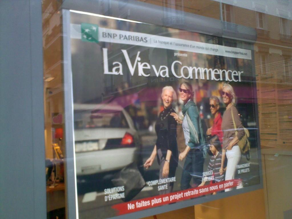bnp paribas Pariscomlight