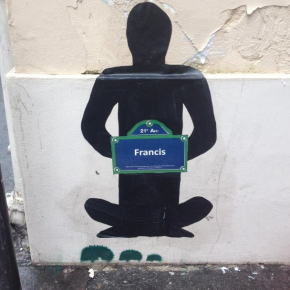 Des street artists rendent hommage aux morts de la rue